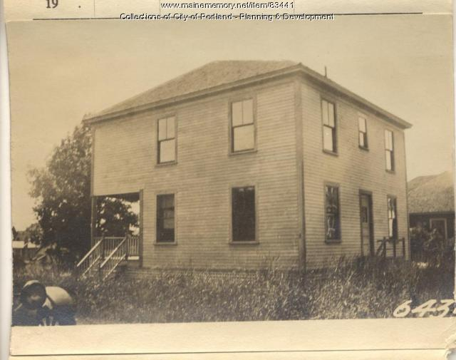 Bryant property, N. Side Sterling Street, Peaks Island, Portland, 1924