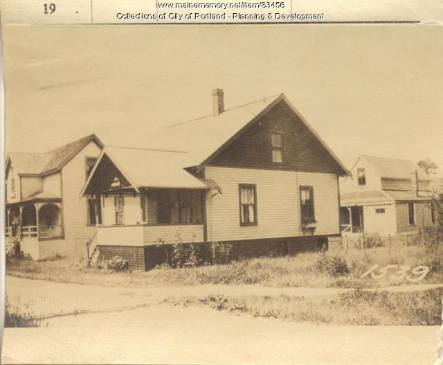 Taylor property, N. Side Sterling Street, Peaks Island, Portland, 1924