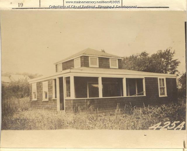 Dyer property, S. Side Sargent Road, Peaks Island, Portland, 1924