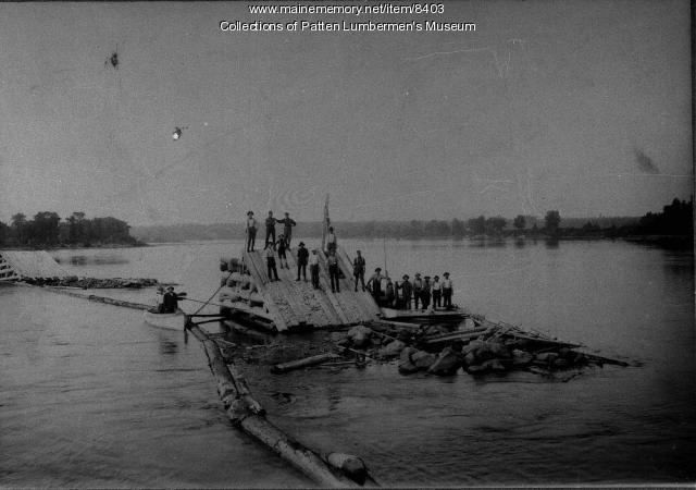 Pier builders, Penobscot River