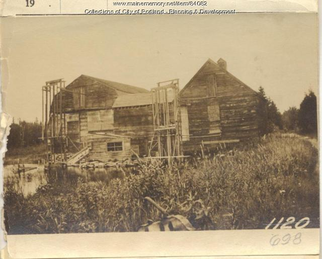 Brackett property, N. Side Prop Third Street, Peaks Island, Portland, 1924