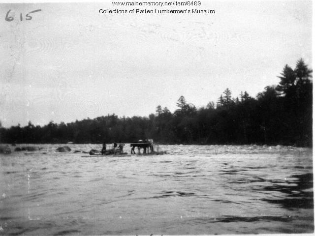 Ferry near Lunksoos Camp