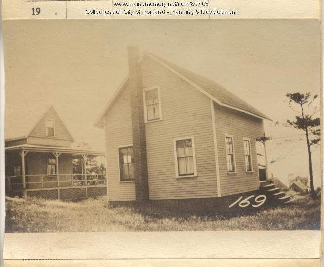 French property, N. Side Island Avenue, Peaks Island, Portland, 1924