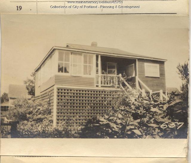 Woodbury property, W. Side Merriam, Peaks Island, Portland, 1924
