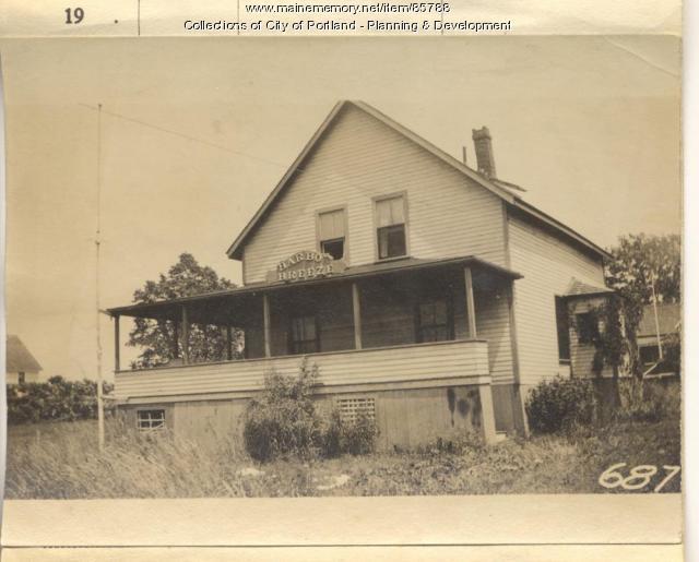 Simoneau property, N. Side Natick Street, Peaks Island, Portland, 1924