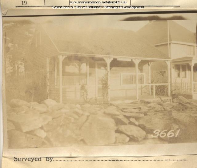 Doull property, Merriam Street, Peaks Island, Portland, 1924