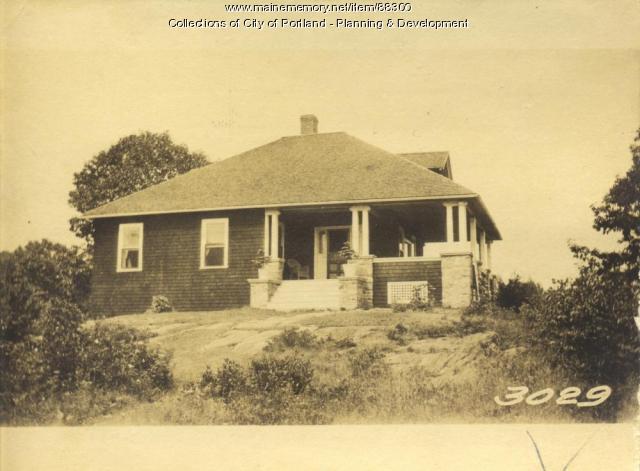 Wilson property, N. Side Rockledge Avenue, Little Diamond Island, Portland, 1924