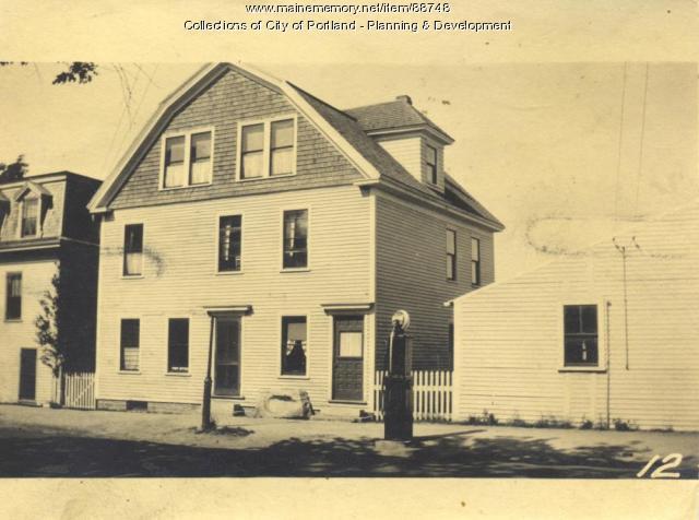 Morse property, W. Side Island Avenue, Peaks Island, Portland, 1924