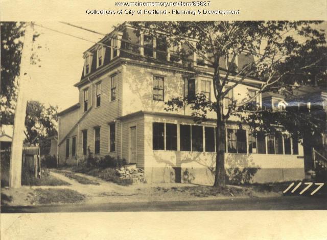 Black property, E. Side Island Avenue, Peaks Island, Portland, 1924