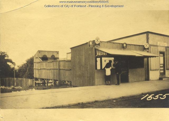 Bridges property, Island Avenue, Peaks Island, Portland, 1924