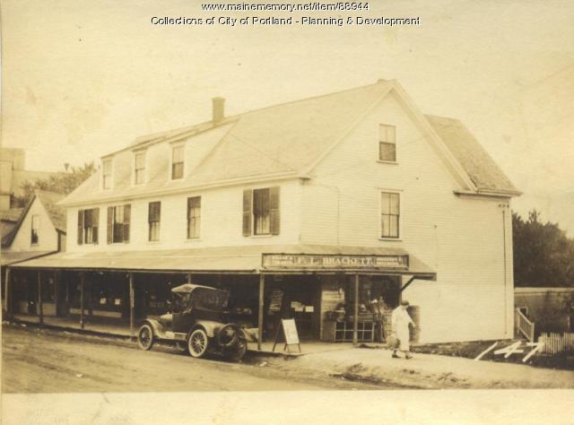 Brackett property, W. Side Island Avenue, Peaks Island, Portland, 1924