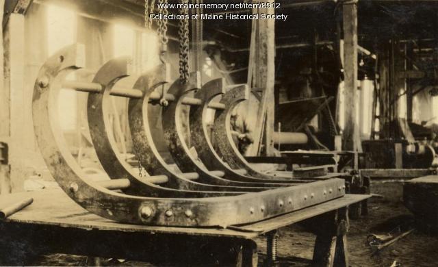 Wood drag, Portland Company, ca. 1920