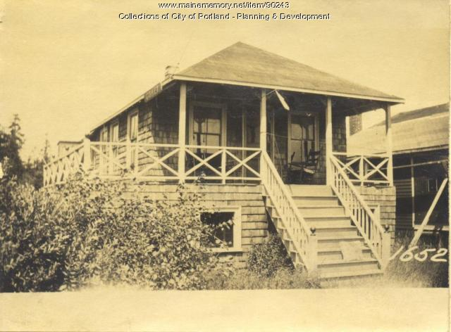 Green property, S. E. Side Edwards Street, Peaks Island, Portland, 1924
