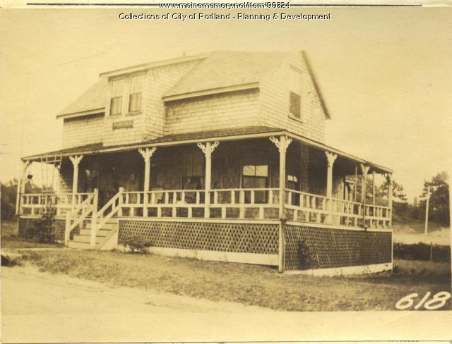 Cleaves property, S. Side Central Avenue, Peaks Island, Portland, 1924