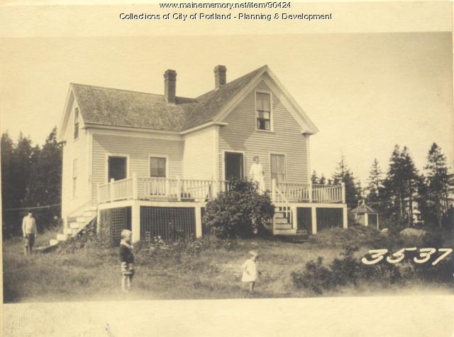 Griffin property, N.W. side City Road, Cliff Island, Portland, 1924