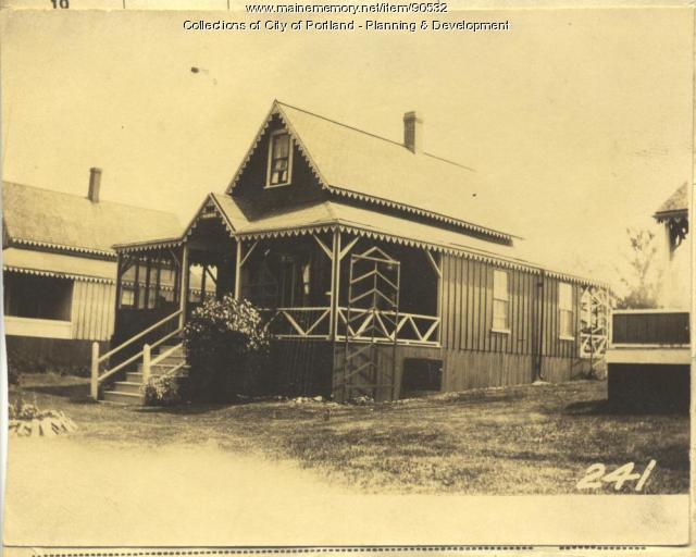 Hobbs property, N. Side Adams Street, Lot 28, Peaks Island, Portland, 1924
