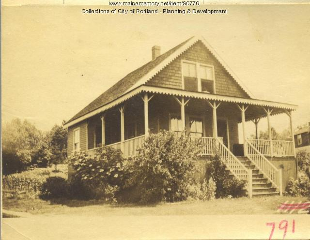 N. E. Side Property First Street, Peaks Island, Portland, 1924
