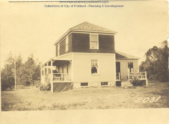 Johnson property, E. Side Right of Way from Island Avenue, Long Island, Portland, 1924