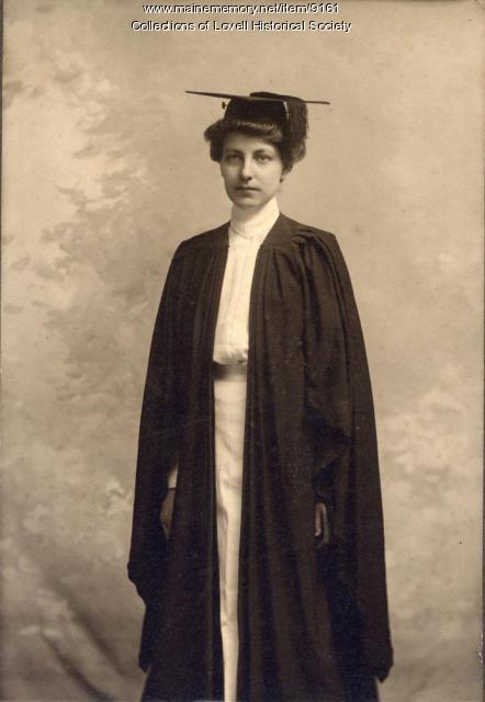 Charlotte E. Hobbs, Wellesley graduation, 1902