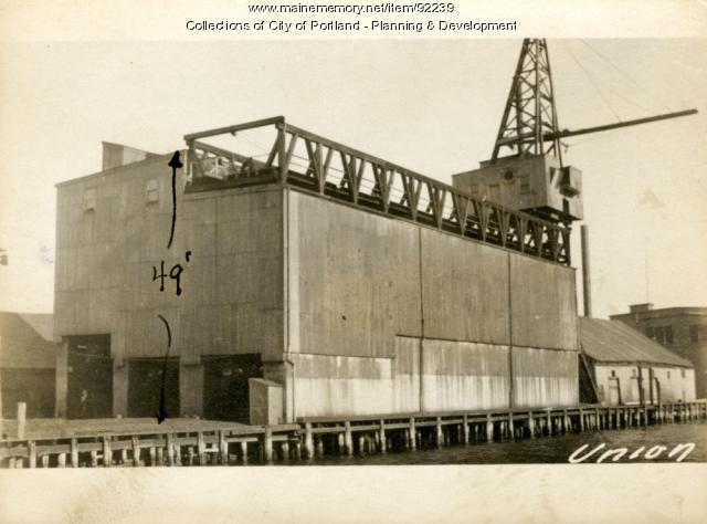 Coal Pocket, Union Wharf, Portland, 1924