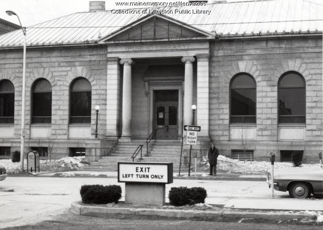 Lewiston Public Library, Lewiston, ca. 1974