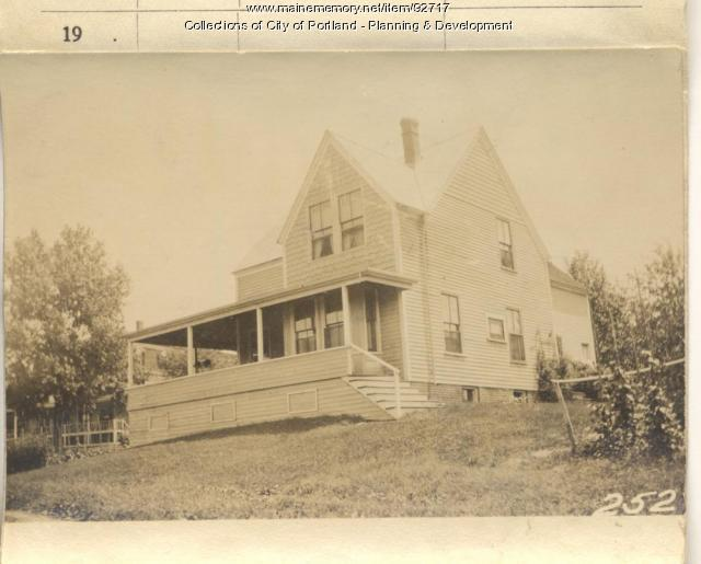 Sterling property, N. Side Homestead Avenue, Peaks Island, Portland, 1924