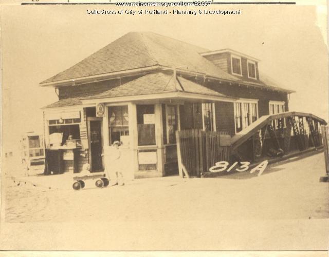 Island Ferry Company property, 1 Welch Street, Peaks Island, Portland, 1924