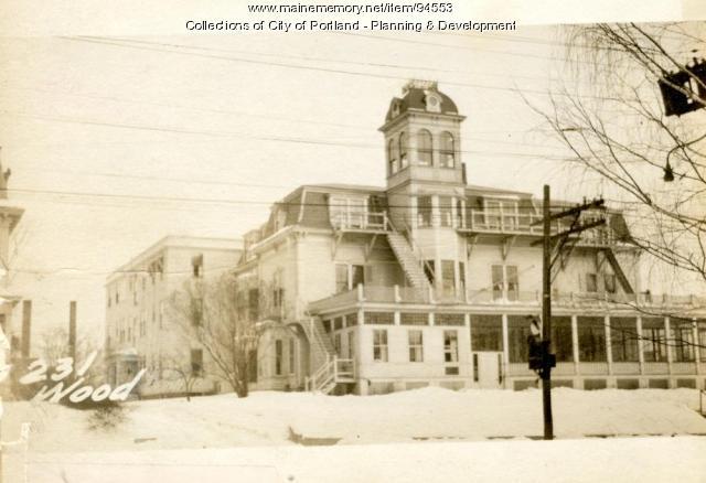 227-237 Woodford Street, Portland, 1924