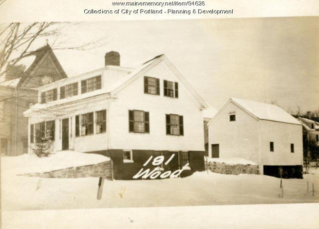 187-195 Woodford Street, Portland, 1924