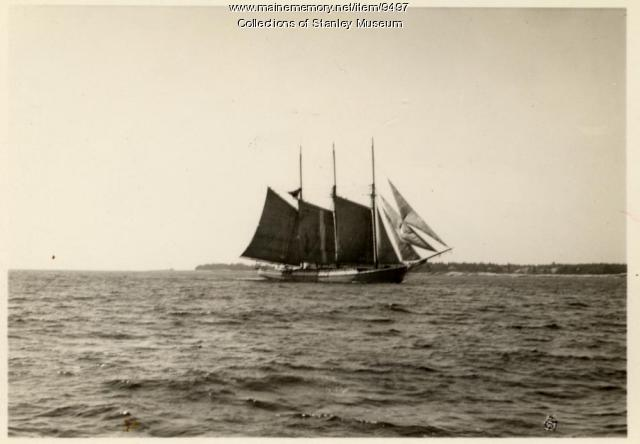 Schooner, Boothbay Harbor, ca. 1917