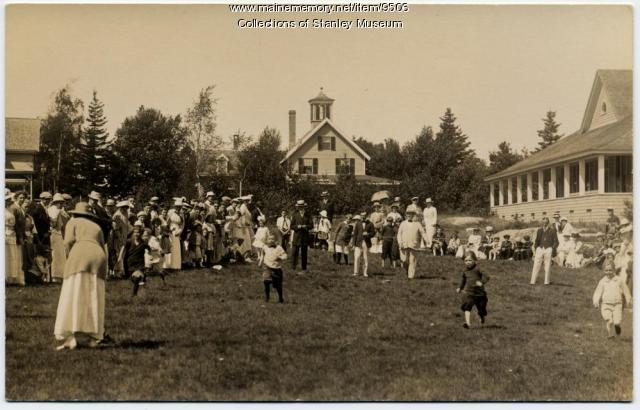 Young Boys' Race, Squirrel Island, ca. 1907