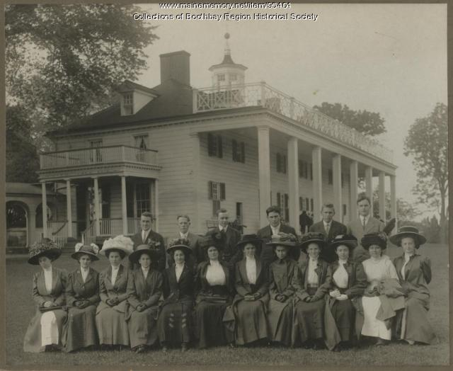 Boothbay High School class of 1910 at Mt. Vernon, Virginia