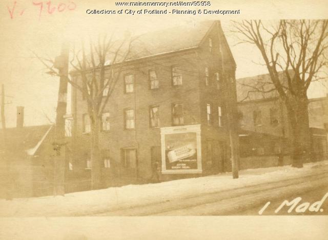 98-102 Washington Avenue, Portland, 1924