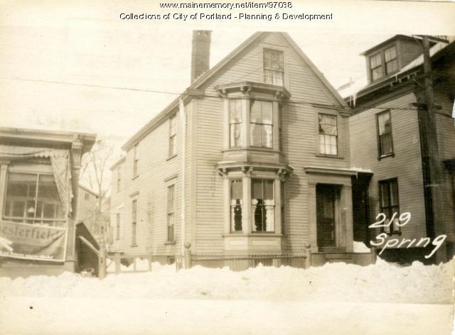 219 Spring Street, Portland, 1924