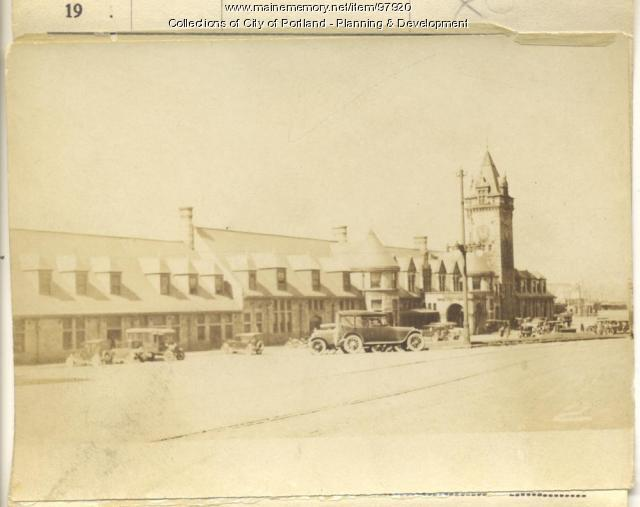 216-280 St. John Street, Portland, 1924