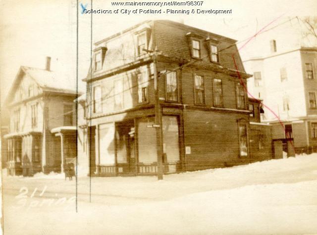 213 Spring Street, Portland, 1924