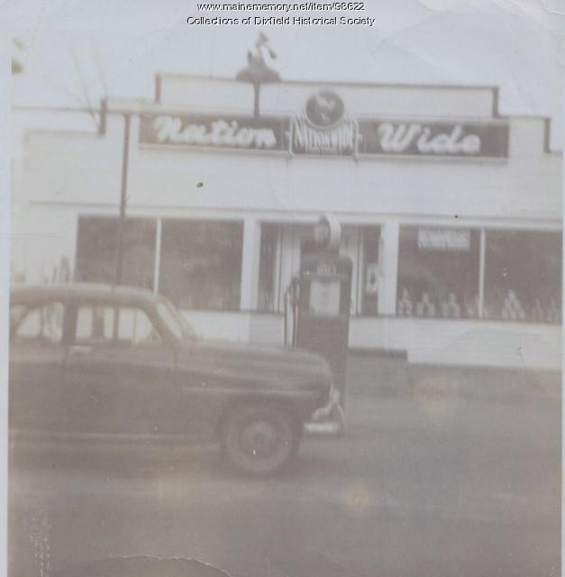 Nash's Nationwide Market, upper Weld Street, Dixfield, ca.1950.
