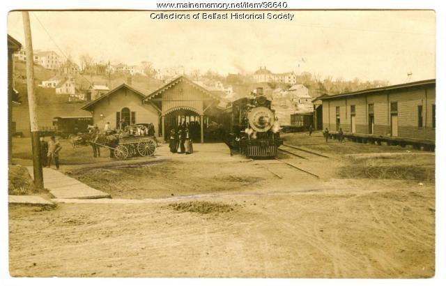 Railroad Station, Belfast, 1908