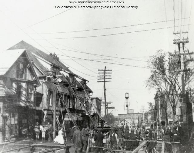 Fire on Washington Street, Sanford, ca 1900