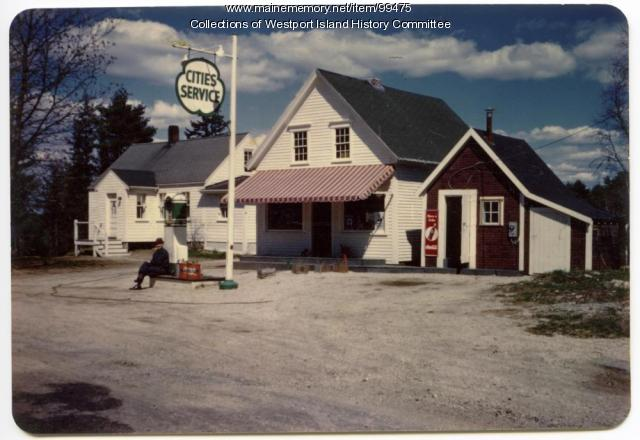 Herbert Cromwell's Grocery Store, Westport Island, 1952